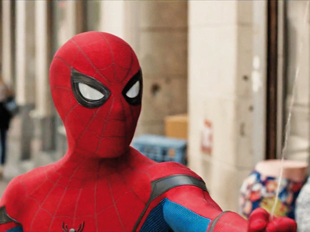 Spider-Man se caţără din nou în box-office