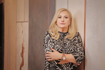 Povestea unei românce care nu a vrut să renunţe când toată lumea îi zicea că nu are nicio şansă, iar acum are o afacere de milioane de euro