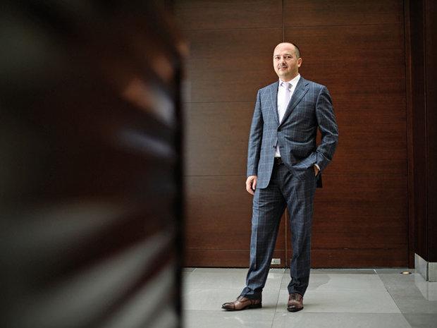 """Cine este Remus Borza, noul consilier al lui Dăncilă: s-a luptat cu 500 de """"băieţi deştepţi"""" de la Hidroelectrica şi a fost responsabil de 300 de companii cu 27.000 de angajaţi"""
