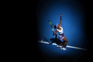 CULISE | Simona Halep îşi apără locul 1 mondial în faţa unei jucătoare care suferă de o boală fără leac