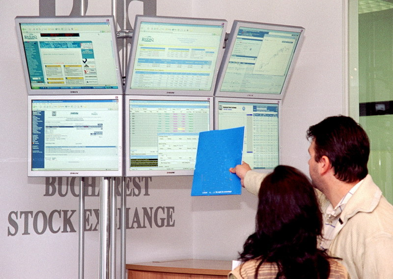 Bursa a urcat uşor, dar FP rămâne singura acţiune cu volume mari de tranzacţionare