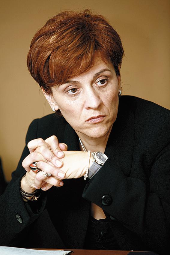 Carmen Negoiţă a câştigat 12.000 de euro pe lună de la CNVM | Ziarul Financiar