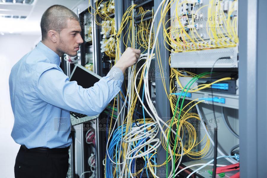 Criza e o amintire îndepărtată în hardware şi software. IT-ul românesc a ajuns la afaceri de 9,4 mld. euro anul trecut