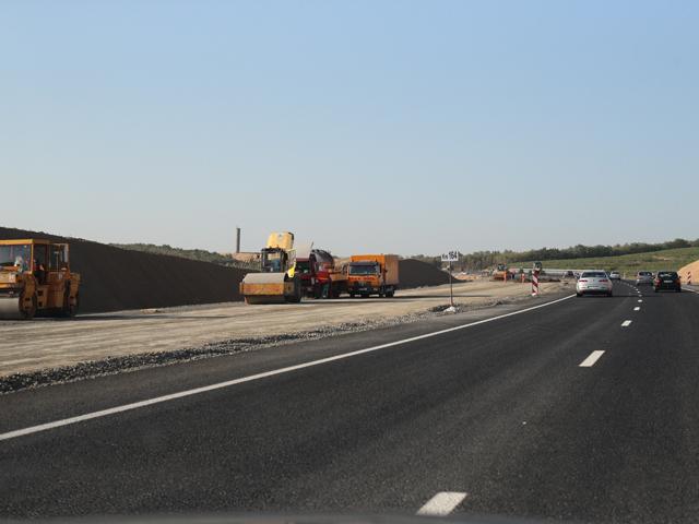 O şosea de 200 km, aşteptată de 25 de ani: autostrada Soarelui este în sfârşit gata