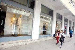 Stefanel renunţă la magazinul de pe Calea Victoriei, primul simbol al capitalismului de după '90. Contractul de închiriere încheiat în 1991 pe 20 de ani a expirat