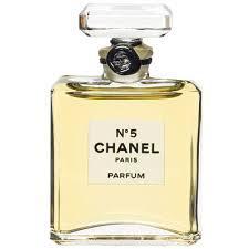 Povestea Fascinantă A Lui Coco Chanel Ii Parfumul Nr 5 De